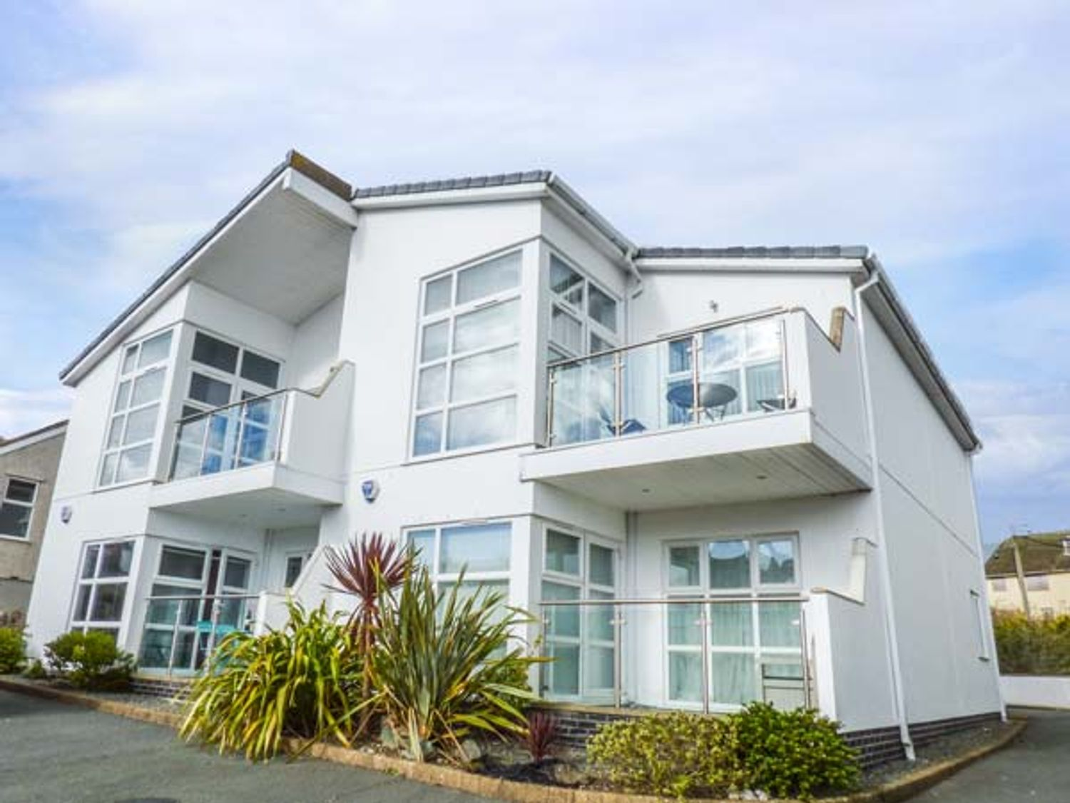 Stone's Throw - Anglesey - 934073 - photo 1