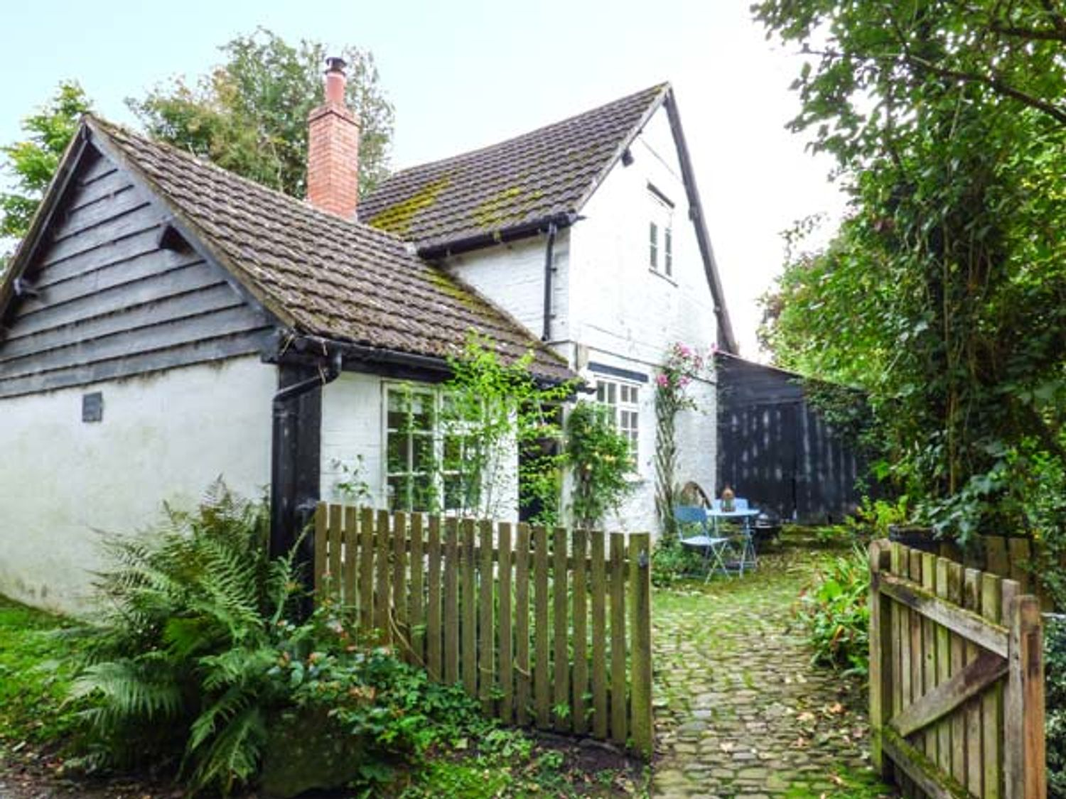 The Smithy - Herefordshire - 934782 - photo 1