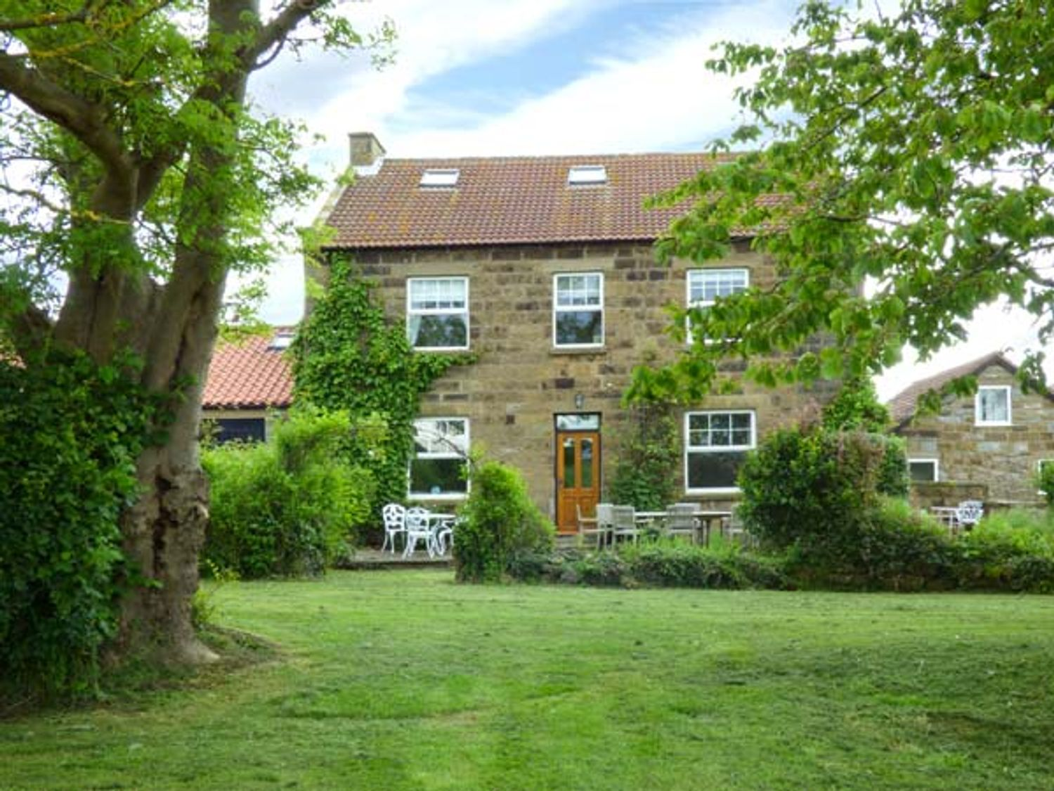 The Farmhouse - Whitby & North Yorkshire - 936193 - photo 1