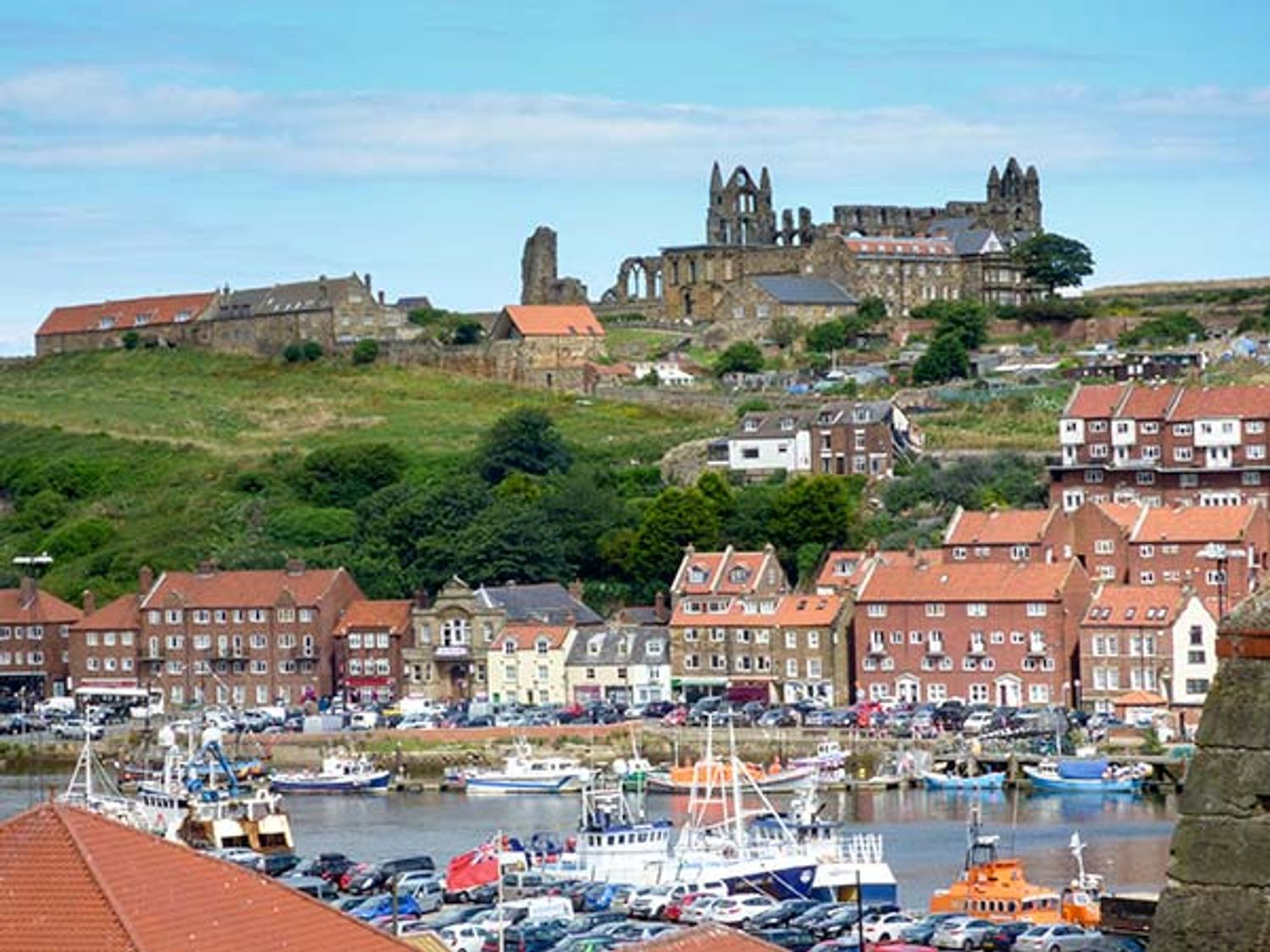 High Tide - Whitby & North Yorkshire - 936656 - photo 1