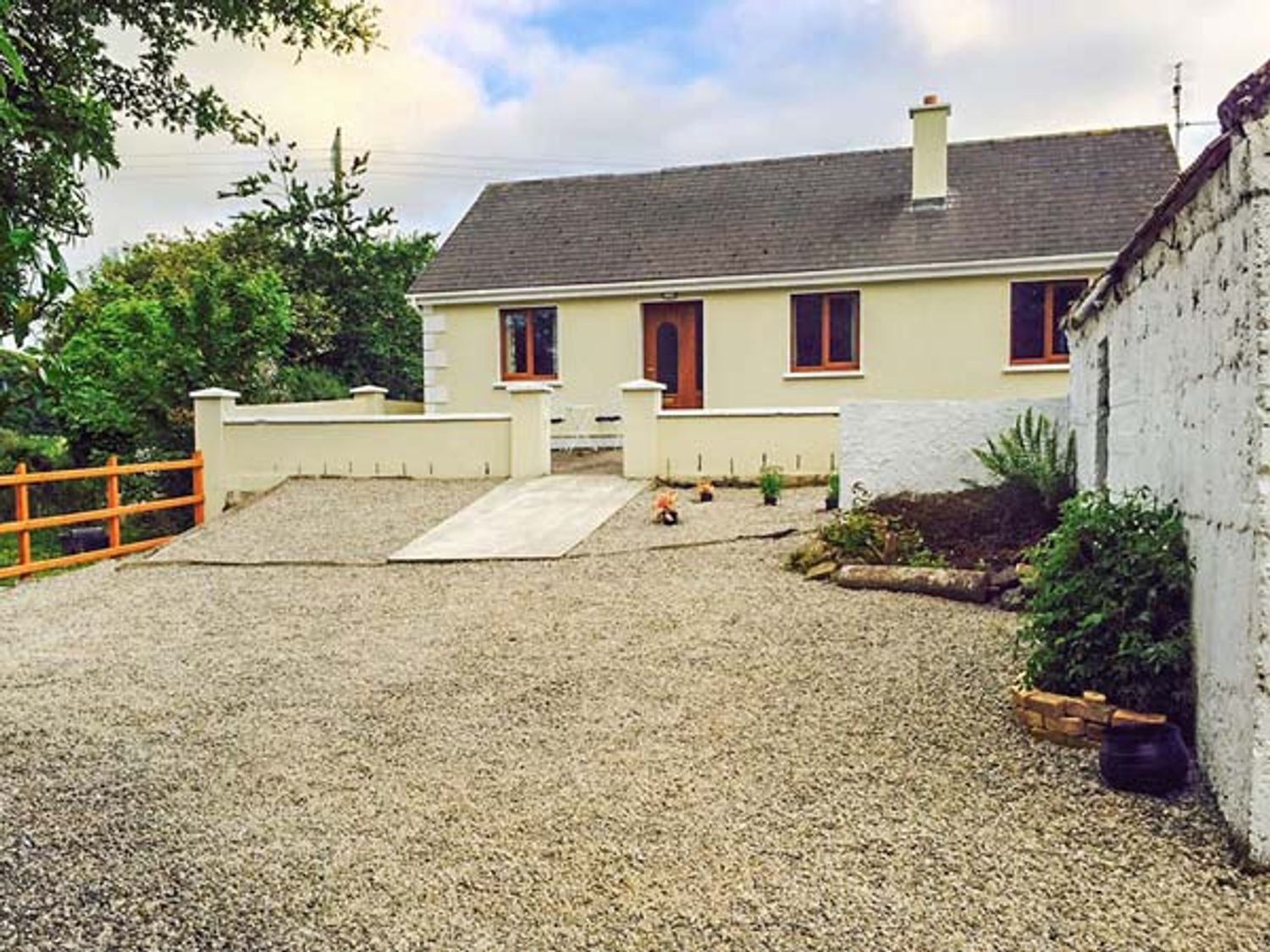 Ballor Cottage - Westport & County Mayo - 936769 - photo 1
