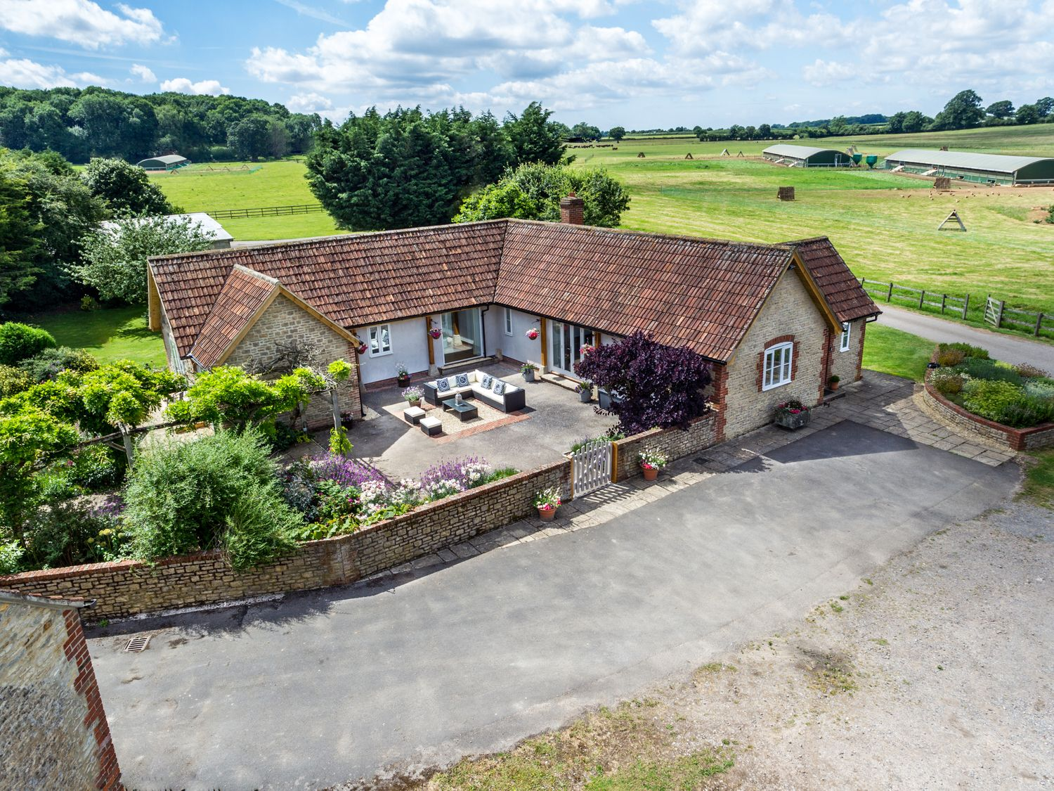 The Farm House - Somerset & Wiltshire - 937996 - photo 1