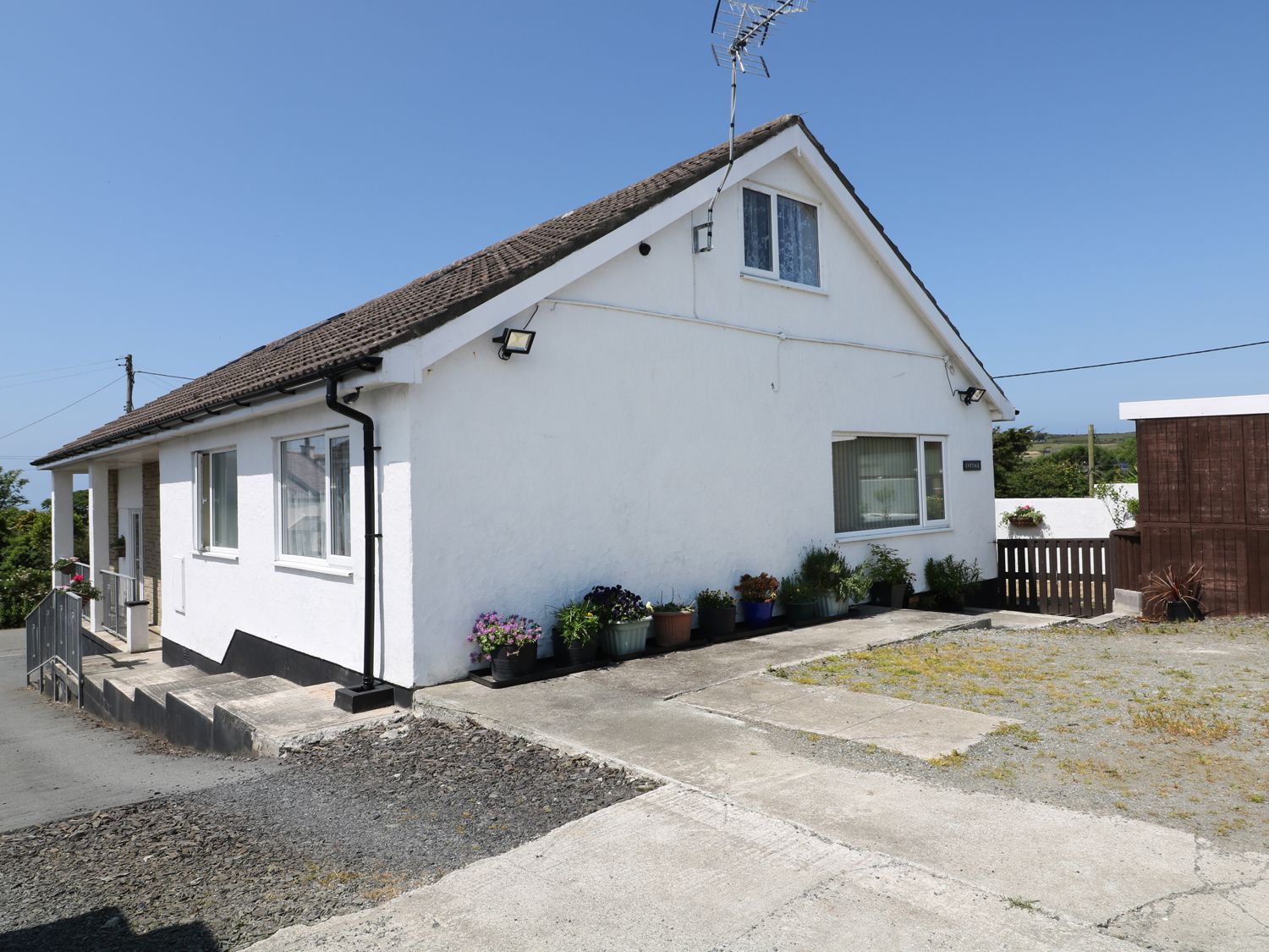 Abersant Cottage - Anglesey - 940874 - photo 1