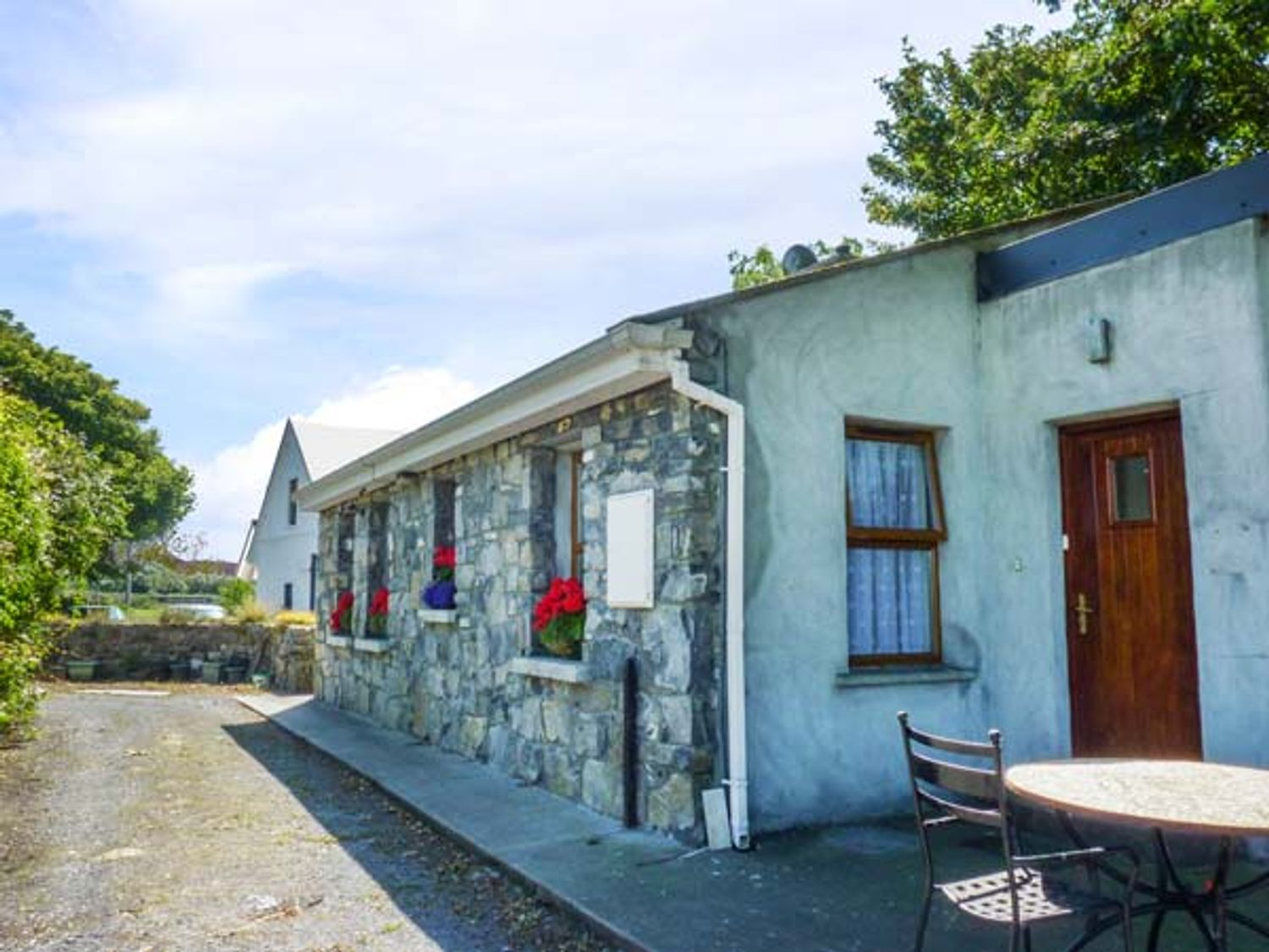 Sycamore Cottage - Shancroagh & County Galway - 943342 - photo 1
