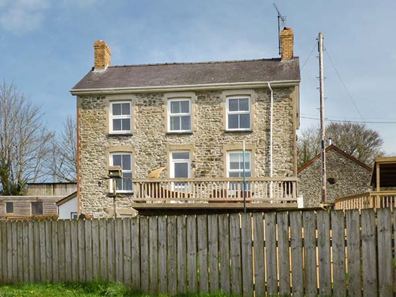 The Farmhouse - South Wales - 944317 - photo 1