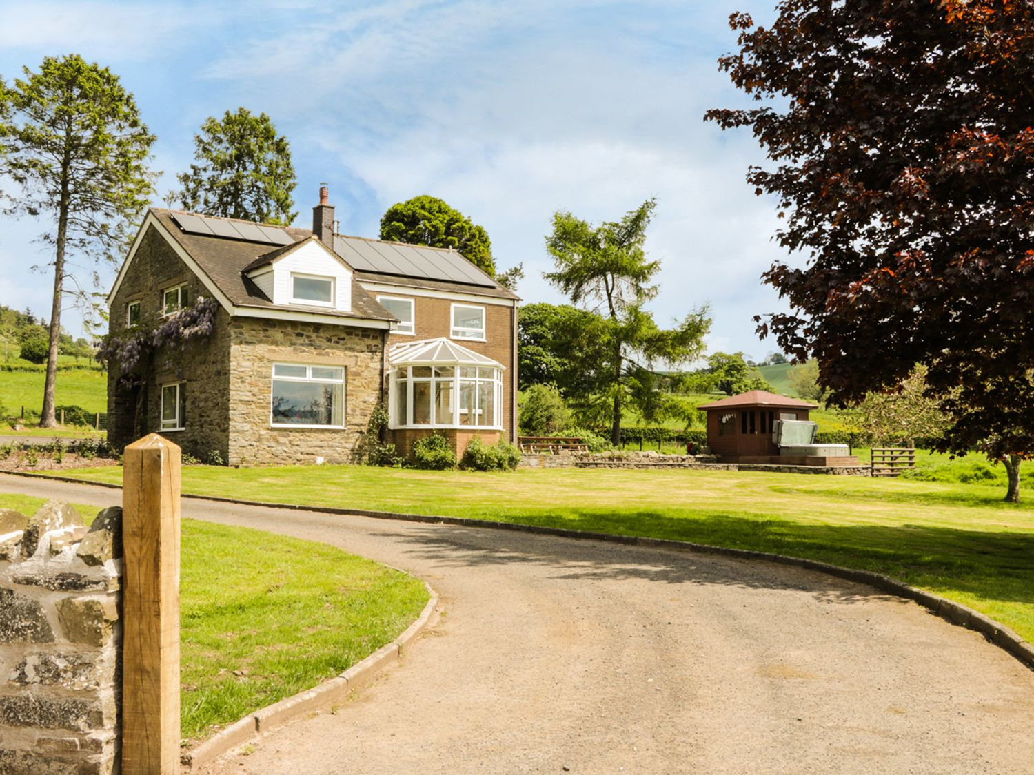 Bicton Lea - Shropshire - 949846 - photo 1