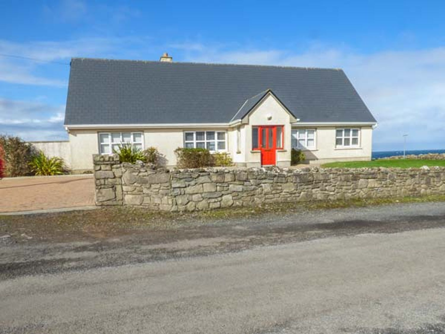 Sunset Beach Cottage - County Sligo - 953231 - photo 1
