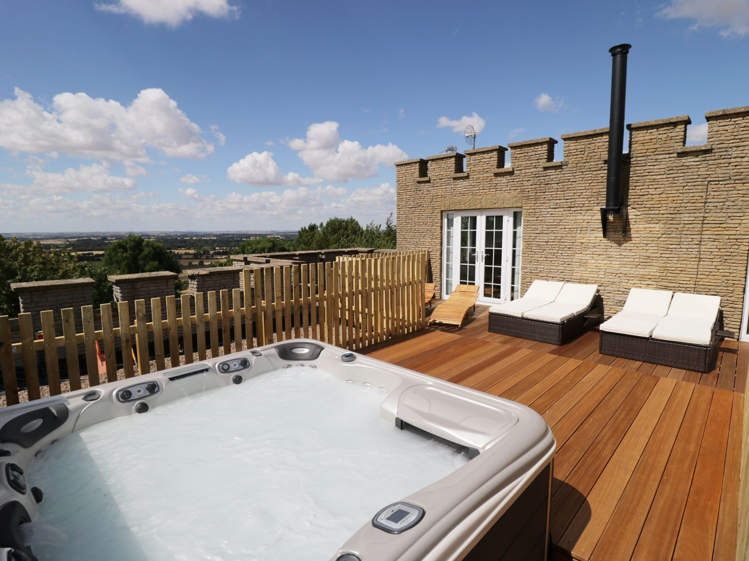 Castle Top Retreat - Lincolnshire - 953361 - photo 1