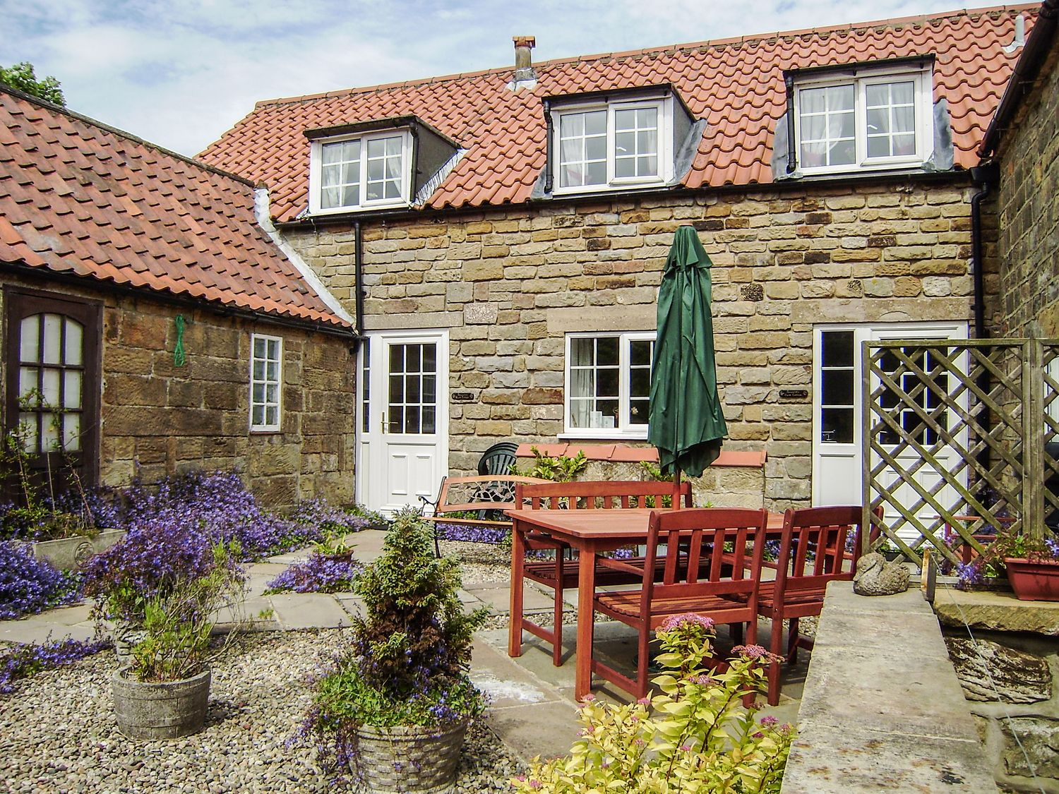 Smugglers Rock Cottage - Whitby & North Yorkshire - 958374 - photo 1