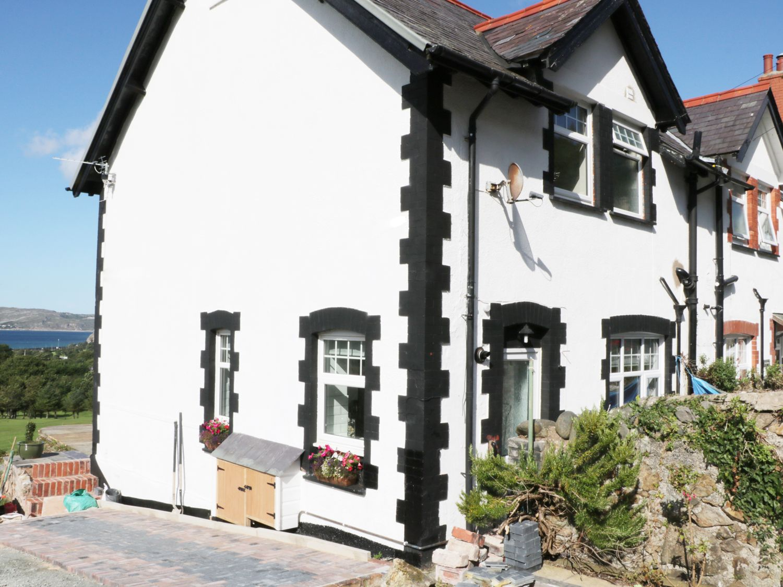 1 Cae Glas Crescent - North Wales - 958407 - photo 1
