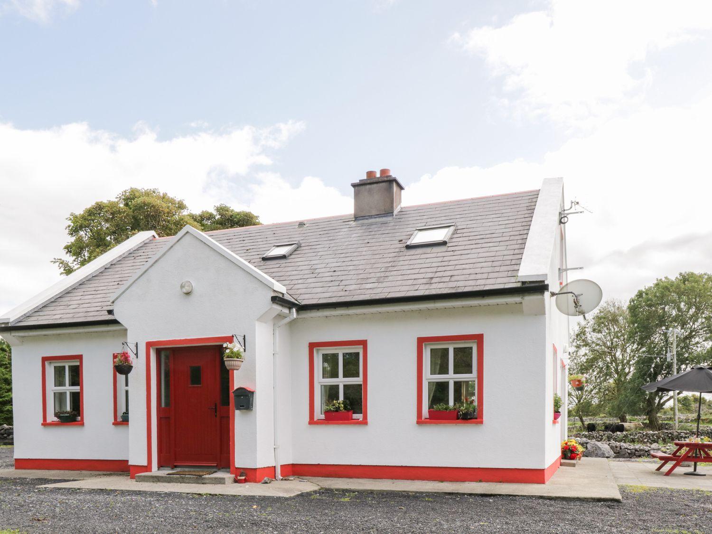 Lough Mask Road Fishing Cottage - Westport & County Mayo - 962060 - photo 1