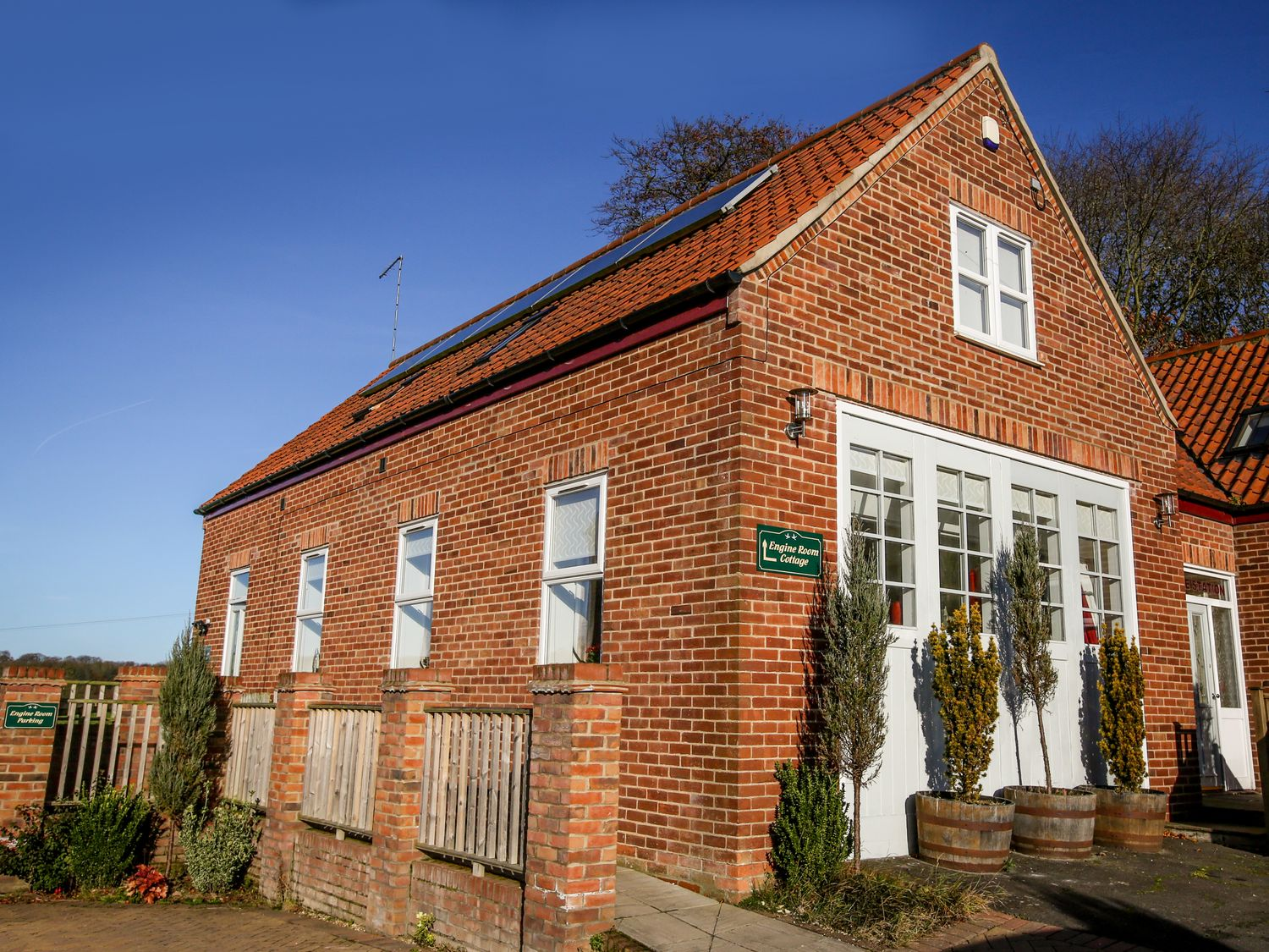 Engine Room Cottage - Whitby & North Yorkshire - 963711 - photo 1