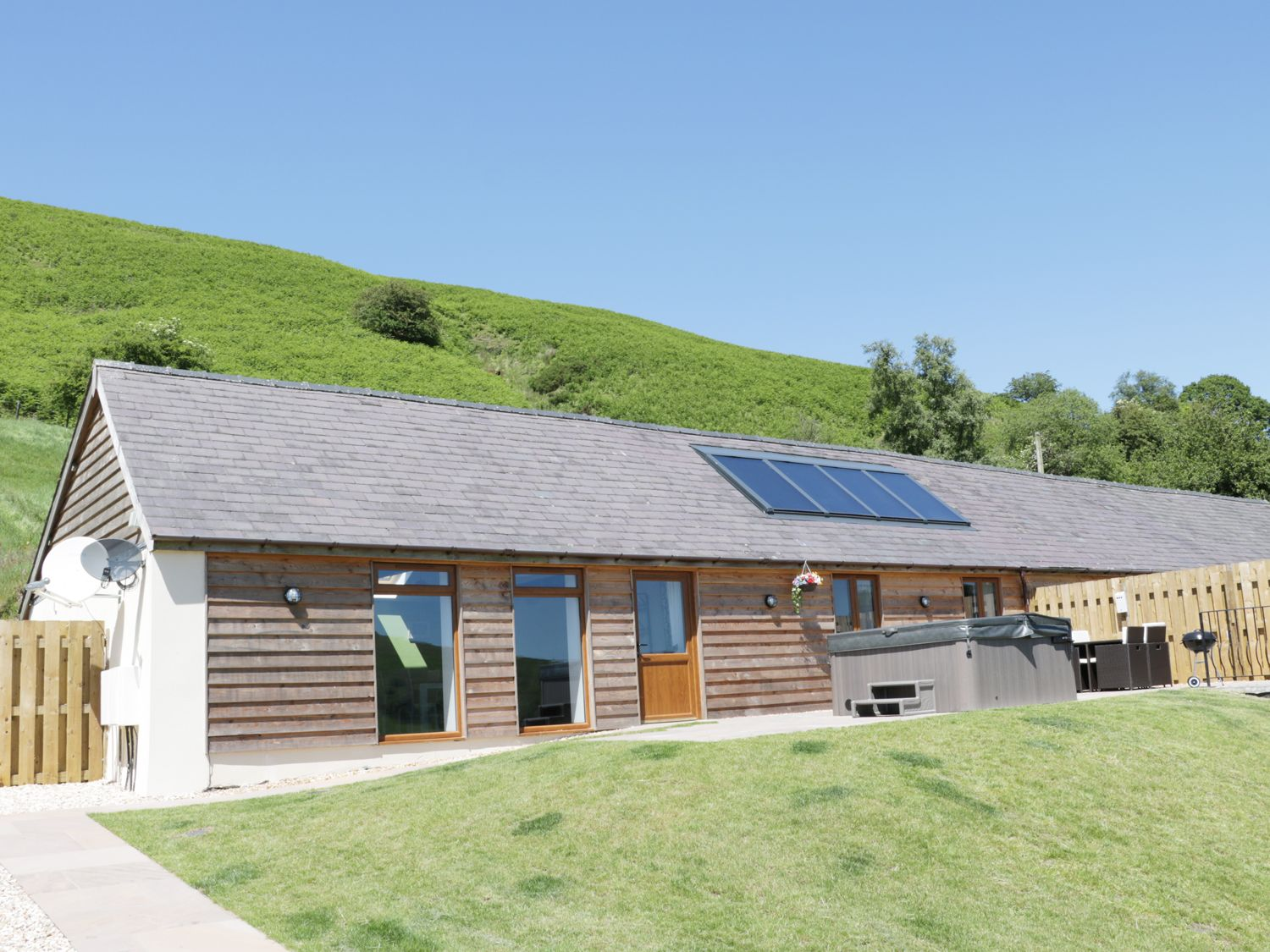 1 Beacon View Barn - Mid Wales - 965450 - photo 1
