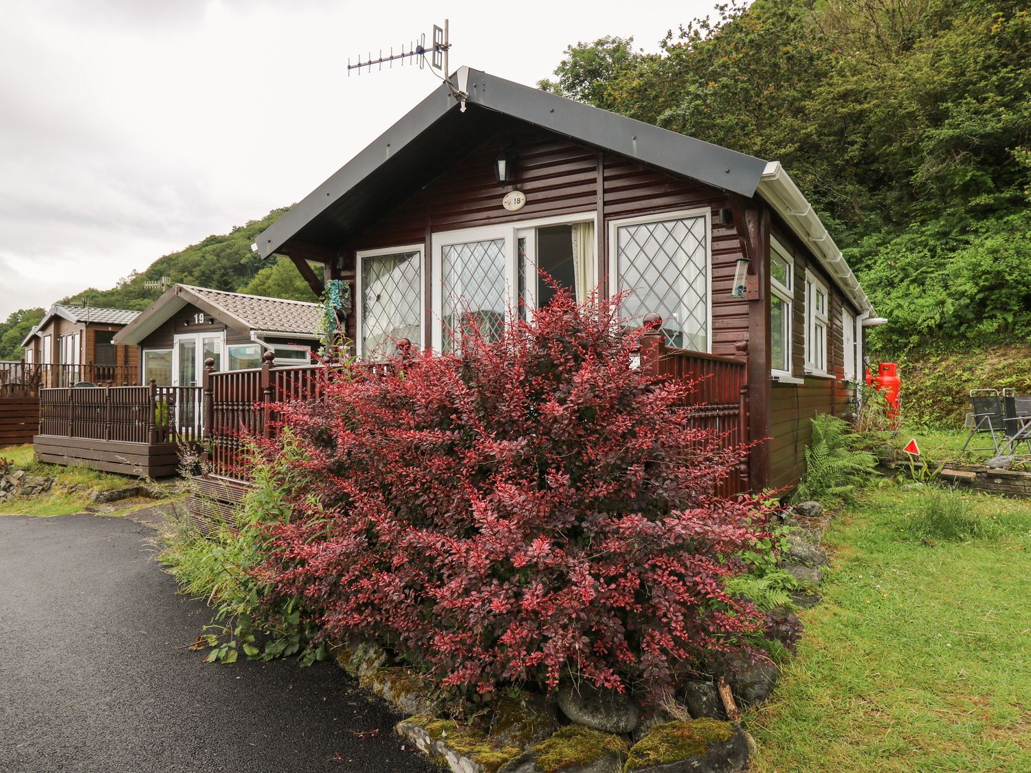 Chalet 18 Smarty's View - Mid Wales - 965588 - photo 1