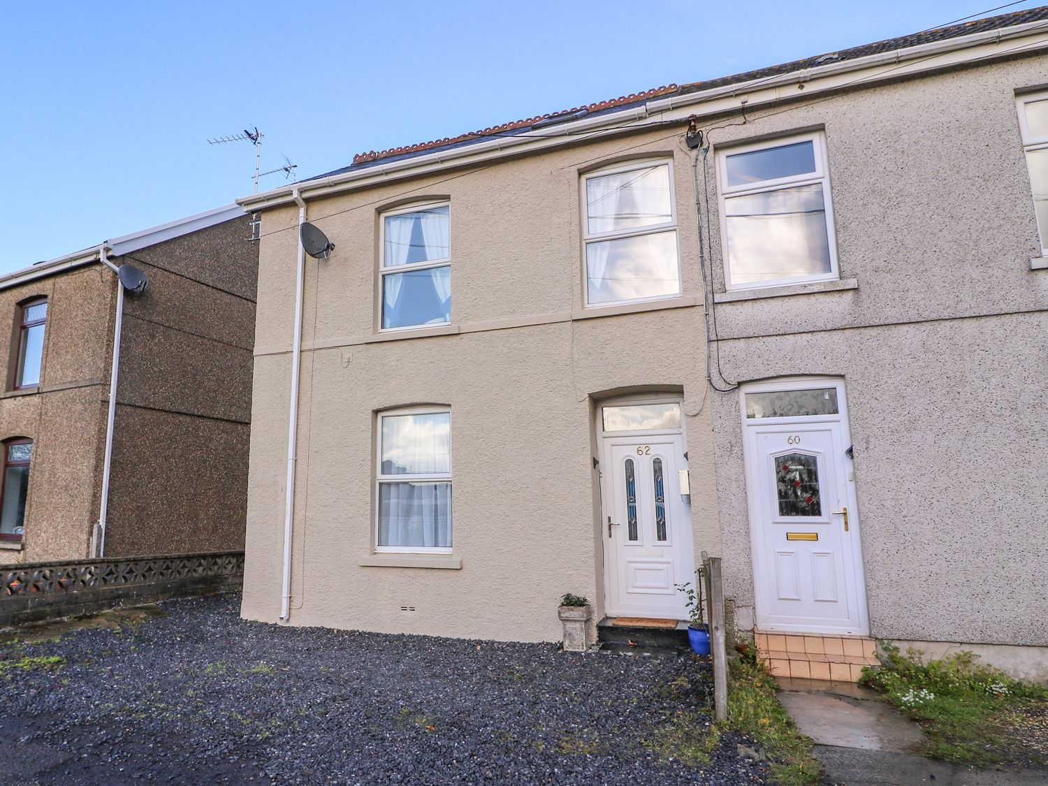 62 Danlan Road - South Wales - 970108 - photo 1