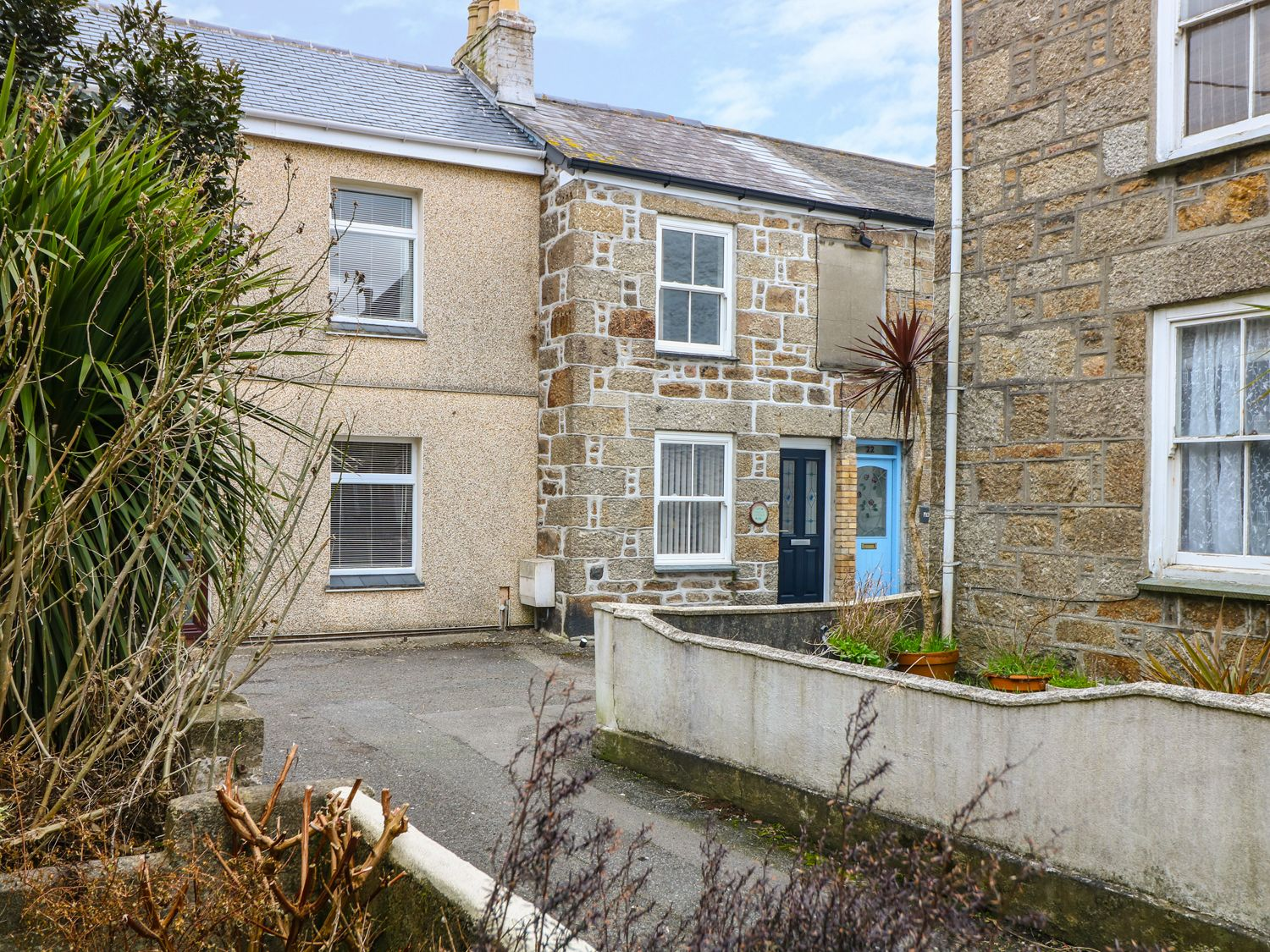 Myrtle Cottage, 21 Florence Place - Cornwall - 975107 - photo 1