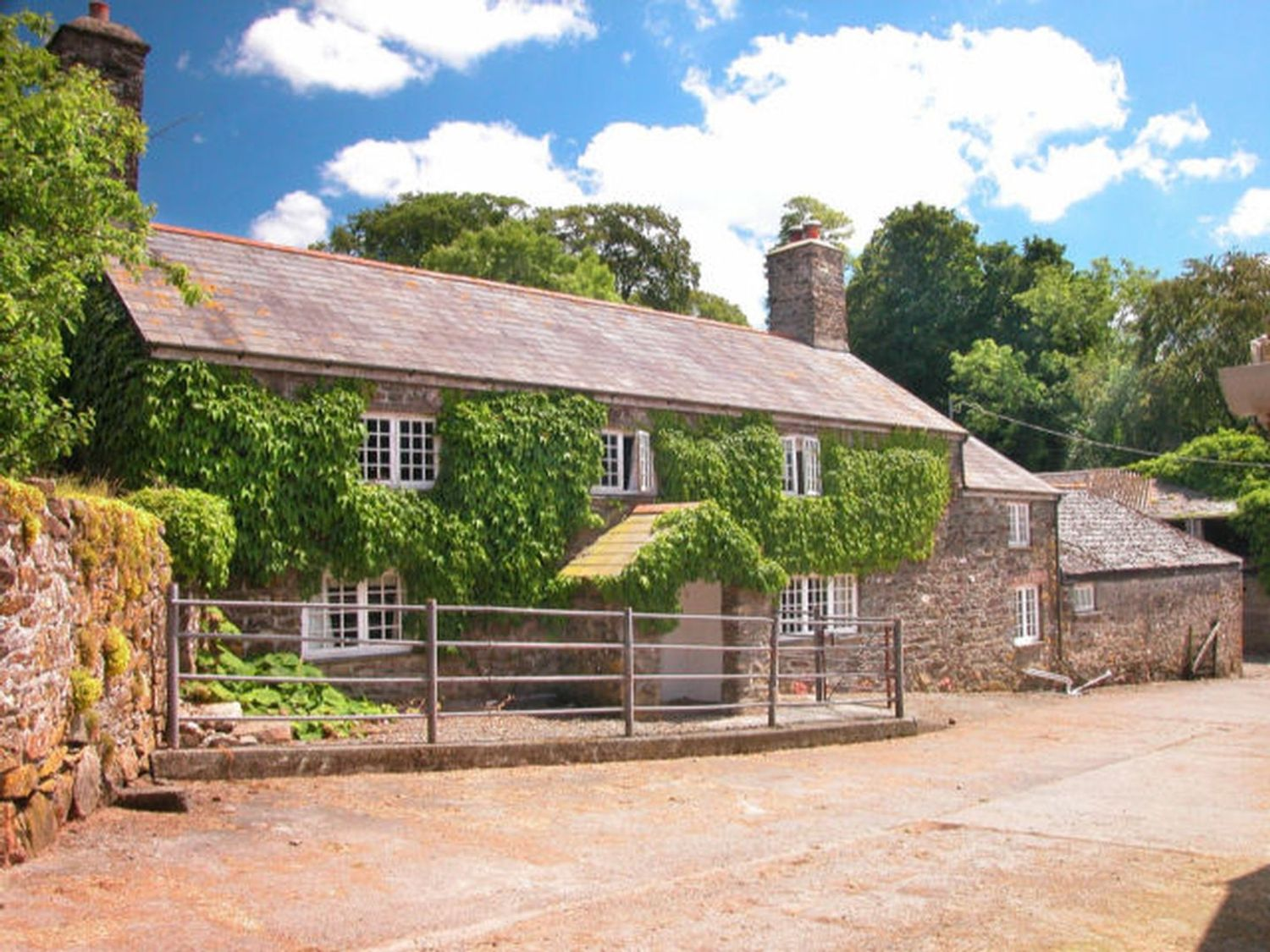 The Farmhouse - Devon - 975734 - photo 1