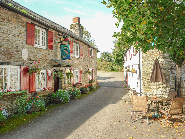 1 Gabberwell Cottages, Kingston