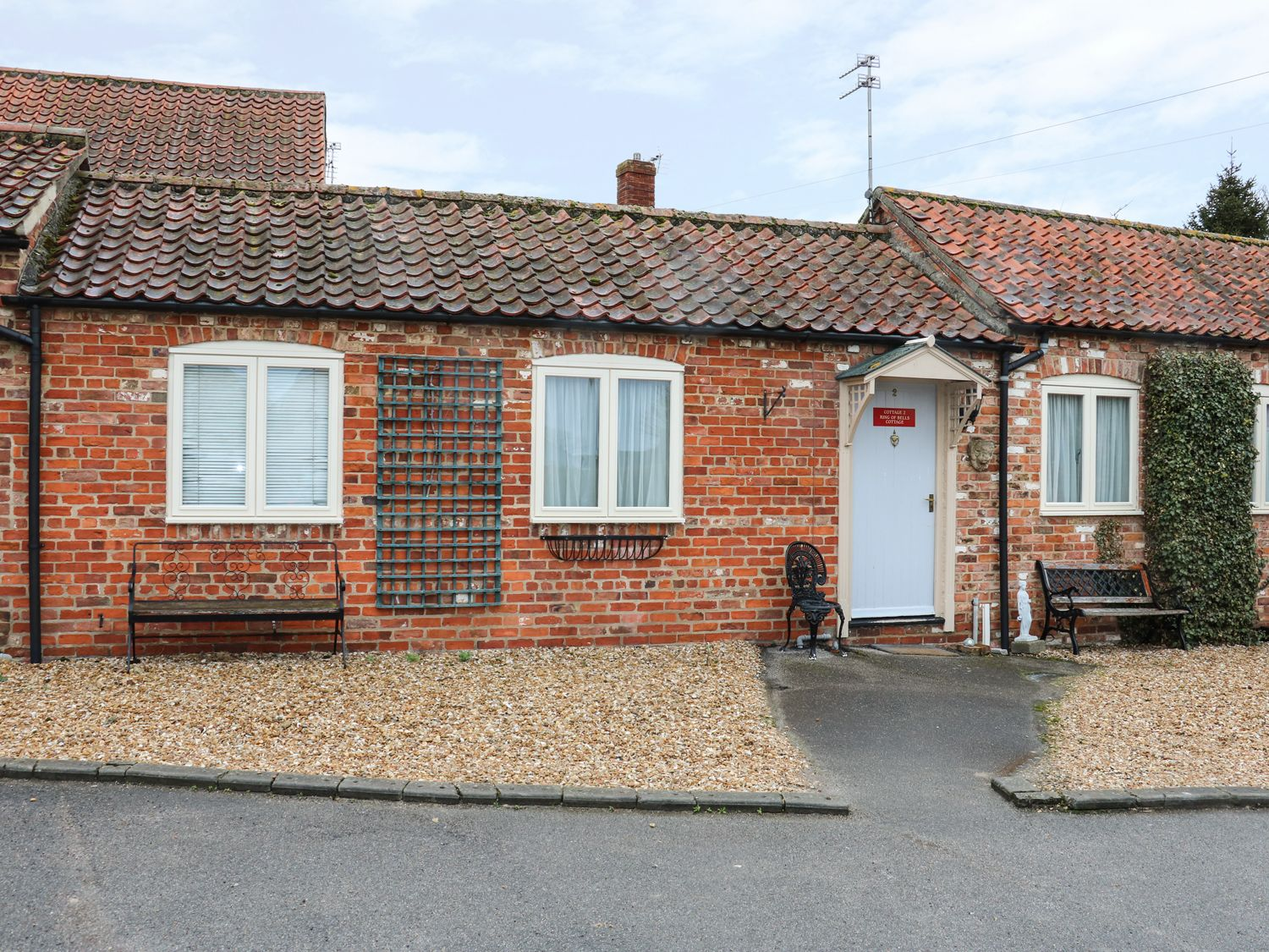 Ring-O-Bells Cottage - Lincolnshire - 976789 - photo 1