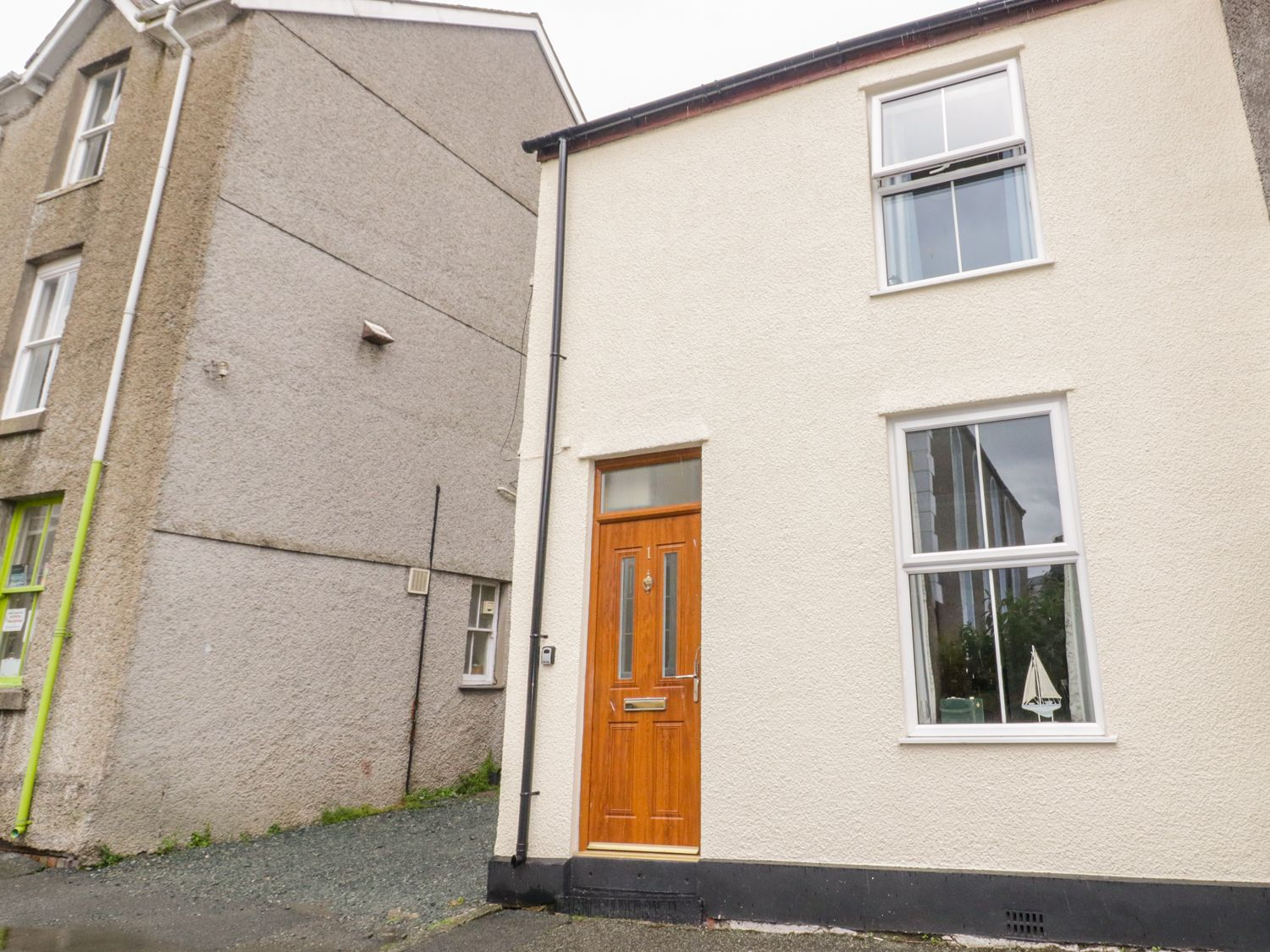 1 Castle Row - Anglesey - 978123 - photo 1