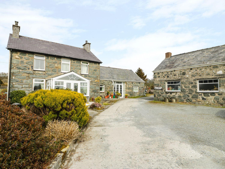 Bwthyn Ael Y Bryn - North Wales - 980625 - photo 1