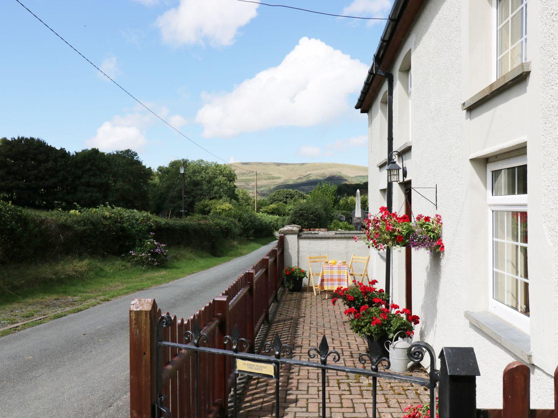 Y Bwthyn, North Wales
