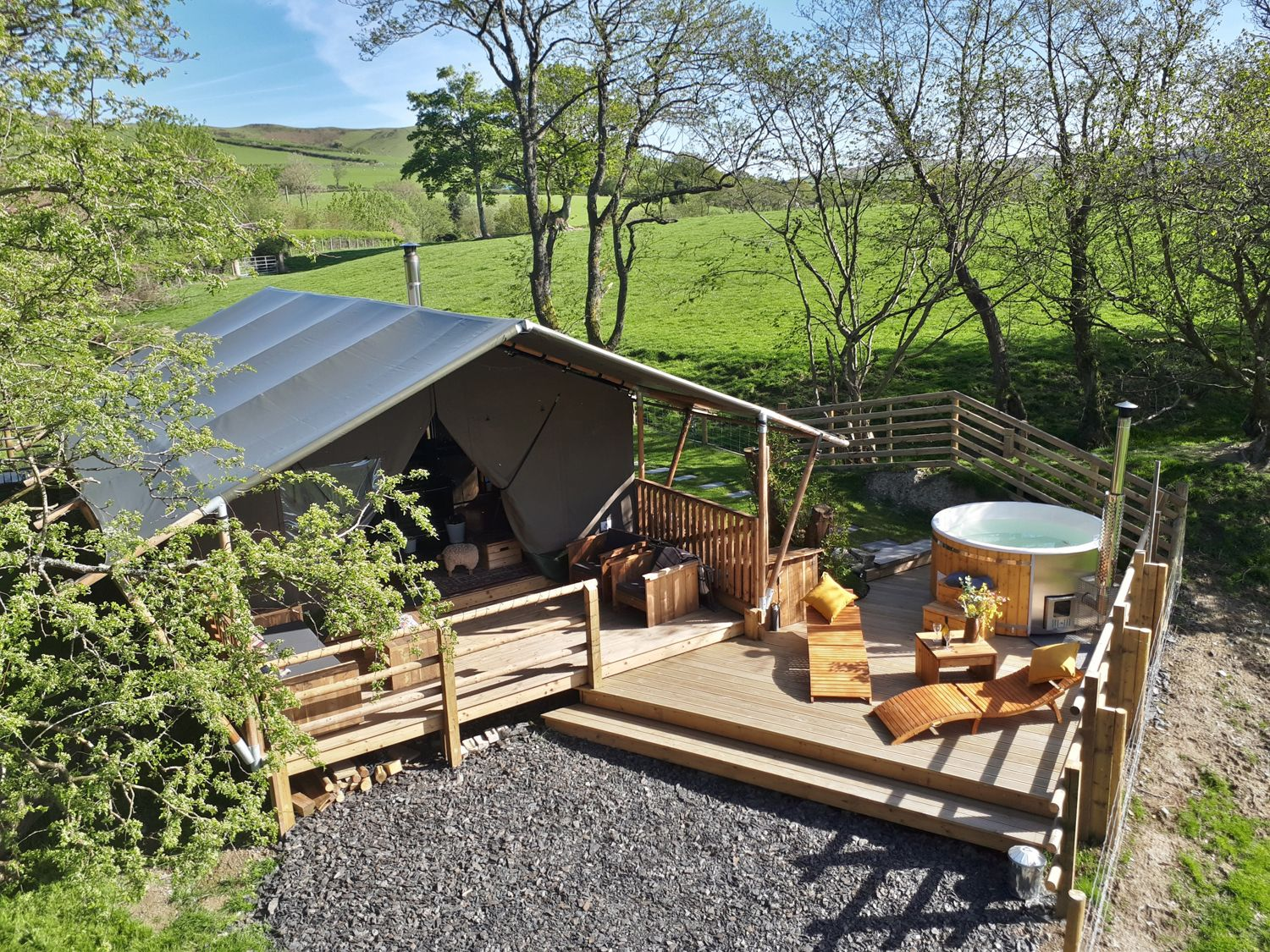Stellar Safari Lodge - Mid Wales - 984103 - photo 1