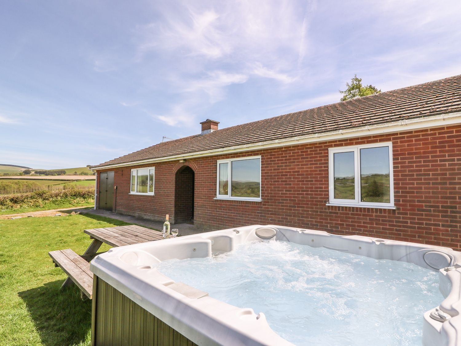 Glanyrafon Bungalow - Mid Wales - 985857 - photo 1