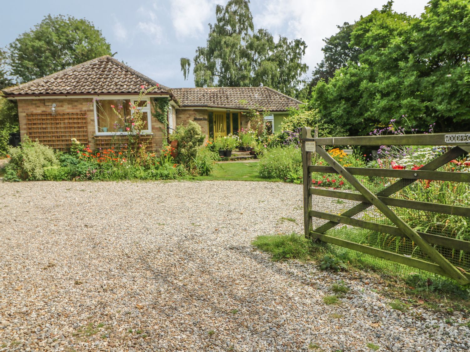 Holiday Cottages in Kent: Little Yaffle, Martin nr. St. Margaret's at Cliffe | Sykes Cottages