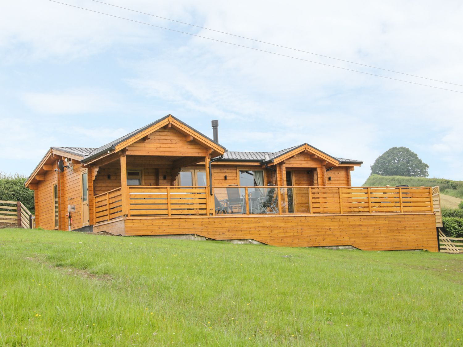 Manor Farm Lodges - Dragon Lodge - Mid Wales - 986721 - photo 1