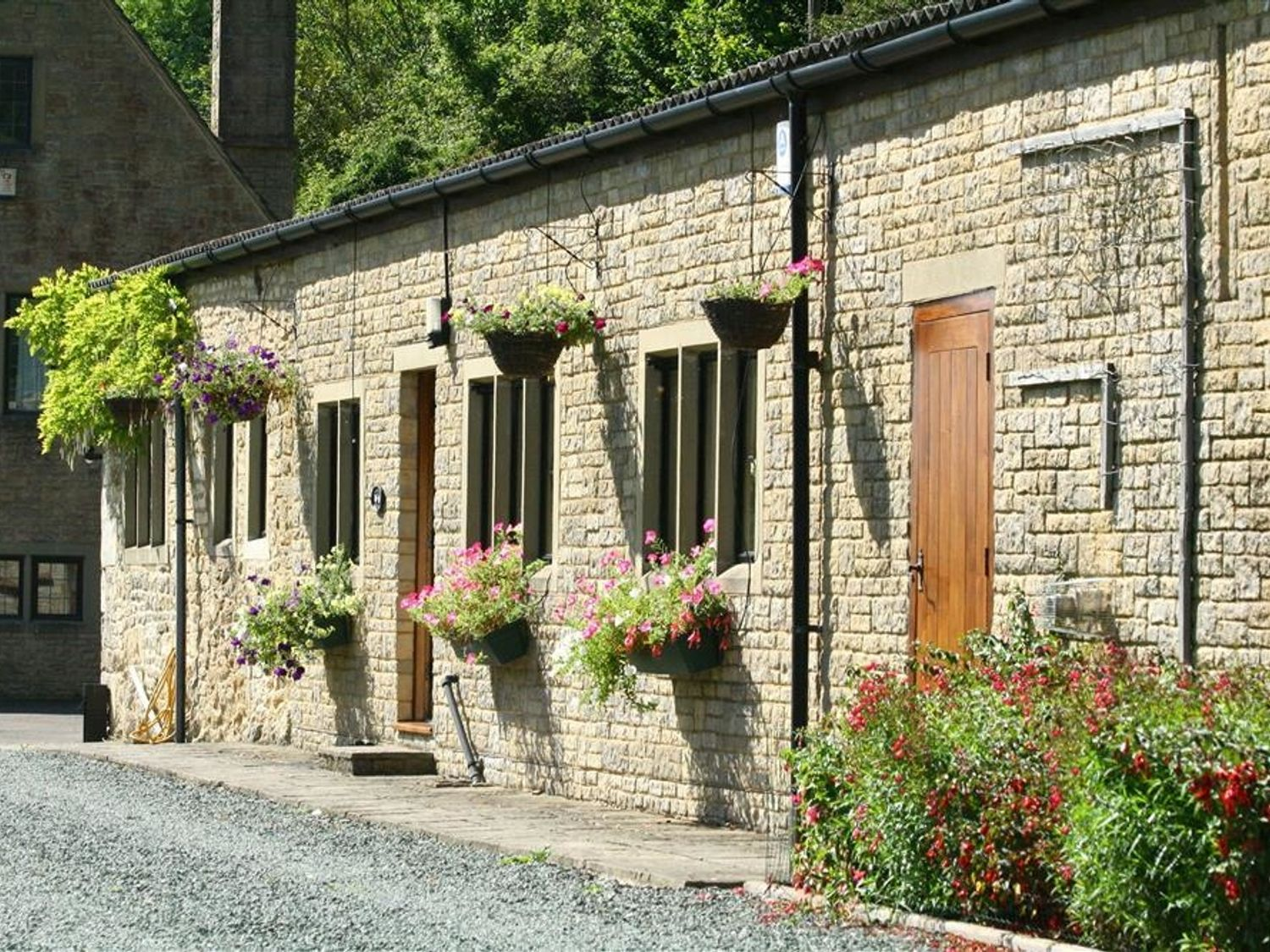 Lakeside Cottage - Cotswolds - 988603 - photo 1