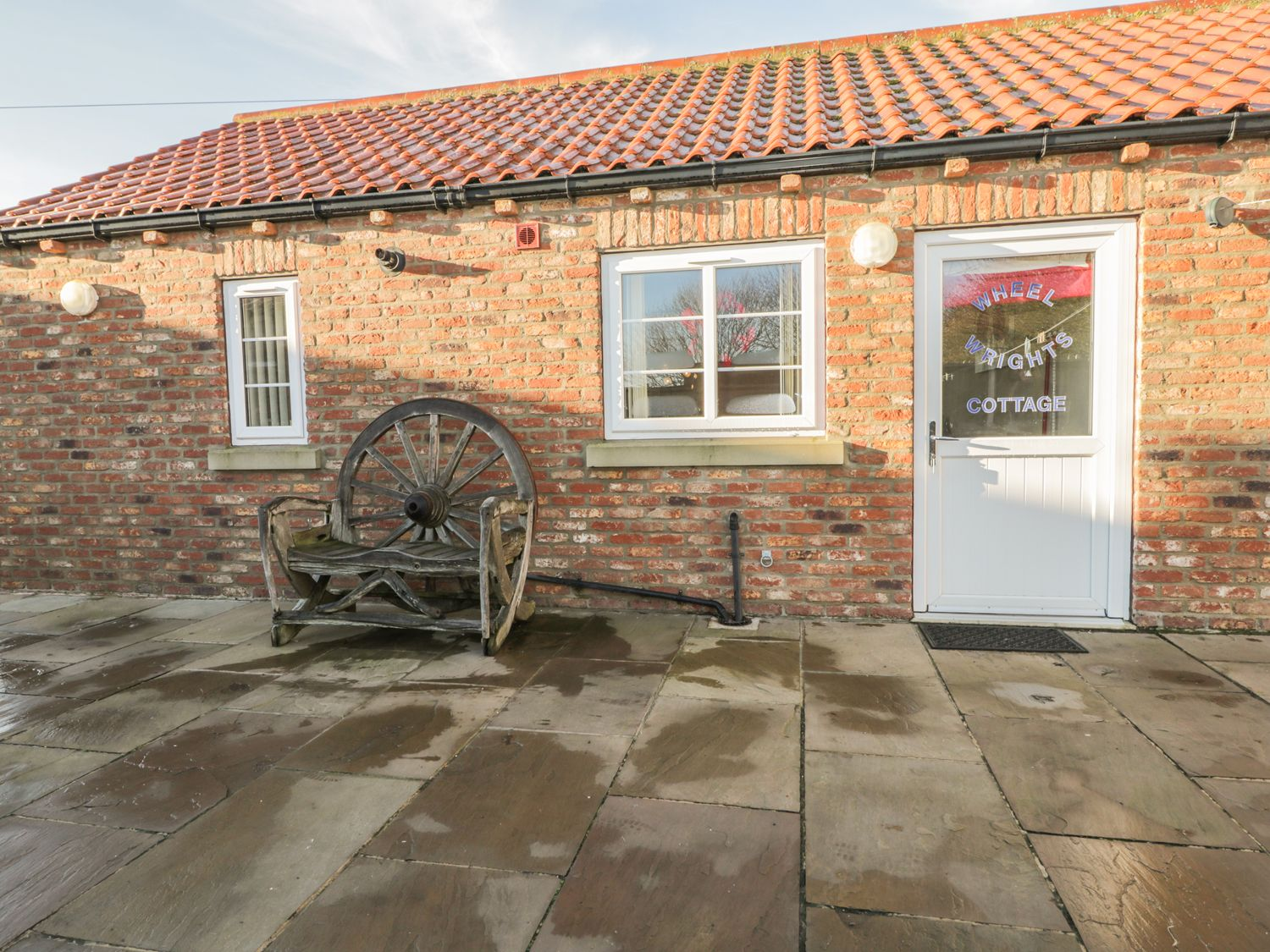 Wheel Wrights Cottage - Whitby & North Yorkshire - 9888 - photo 1