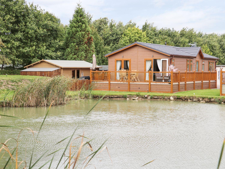The Lake House - Lincolnshire - 989566 - photo 1