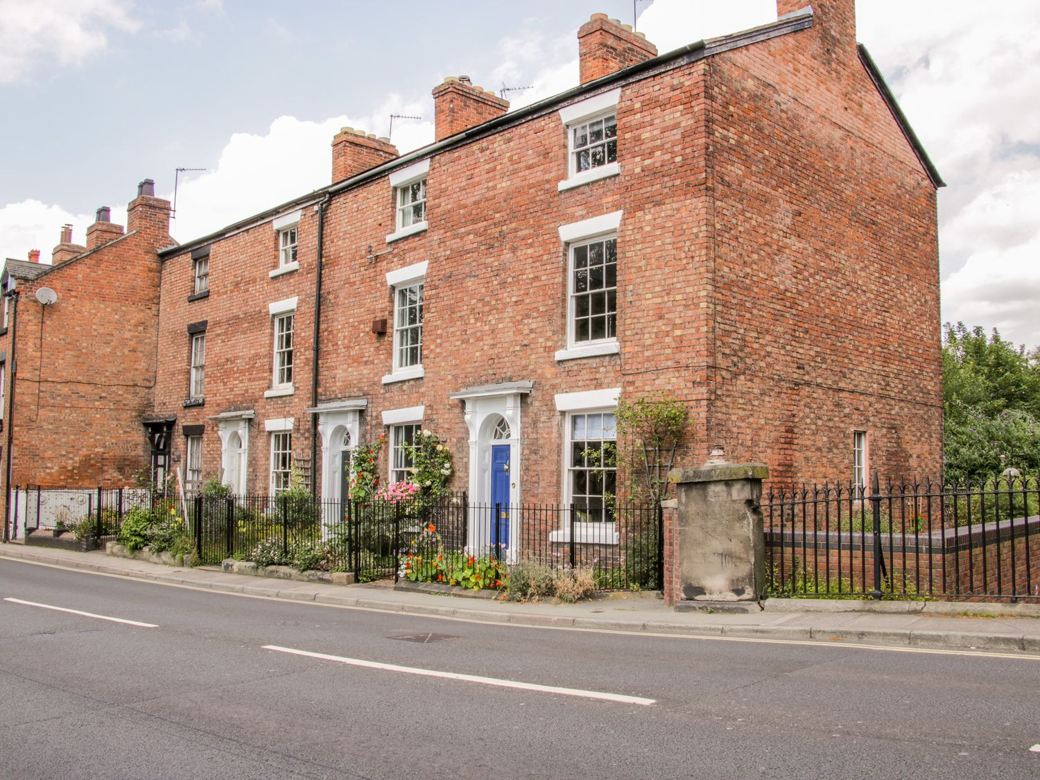 1 Reabrook Place - Shropshire - 989940 - photo 1