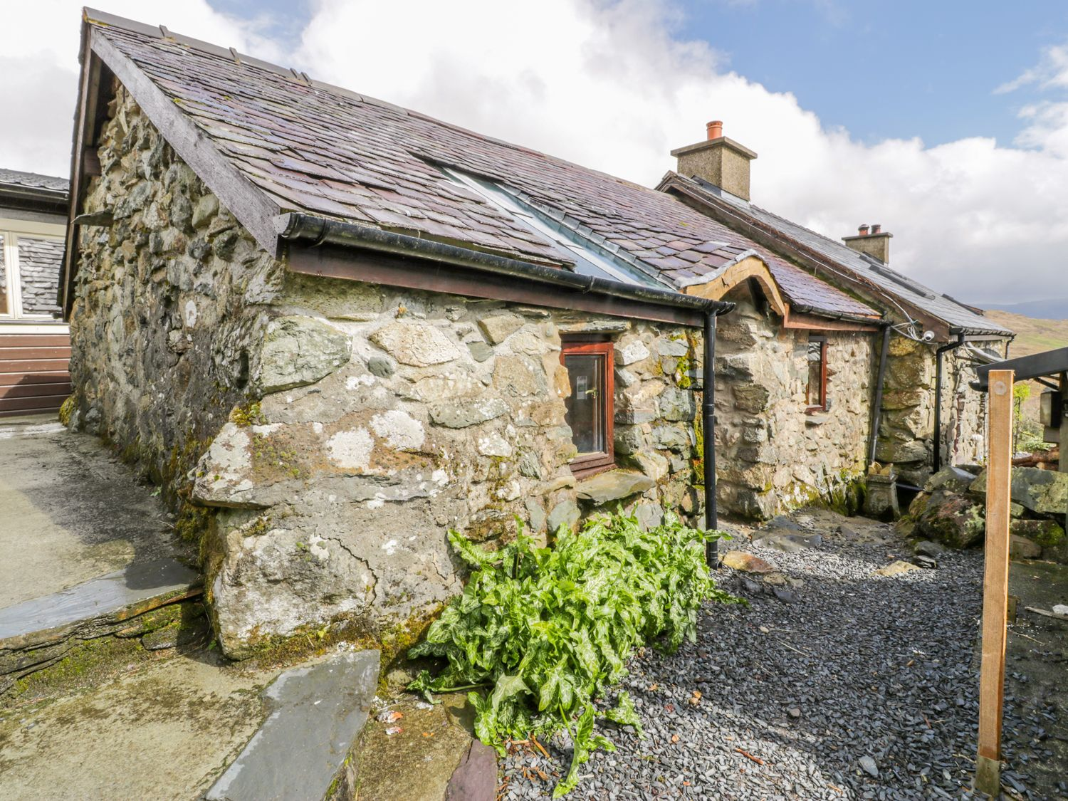 Waterfall Cottage - North Wales - 990678 - photo 1