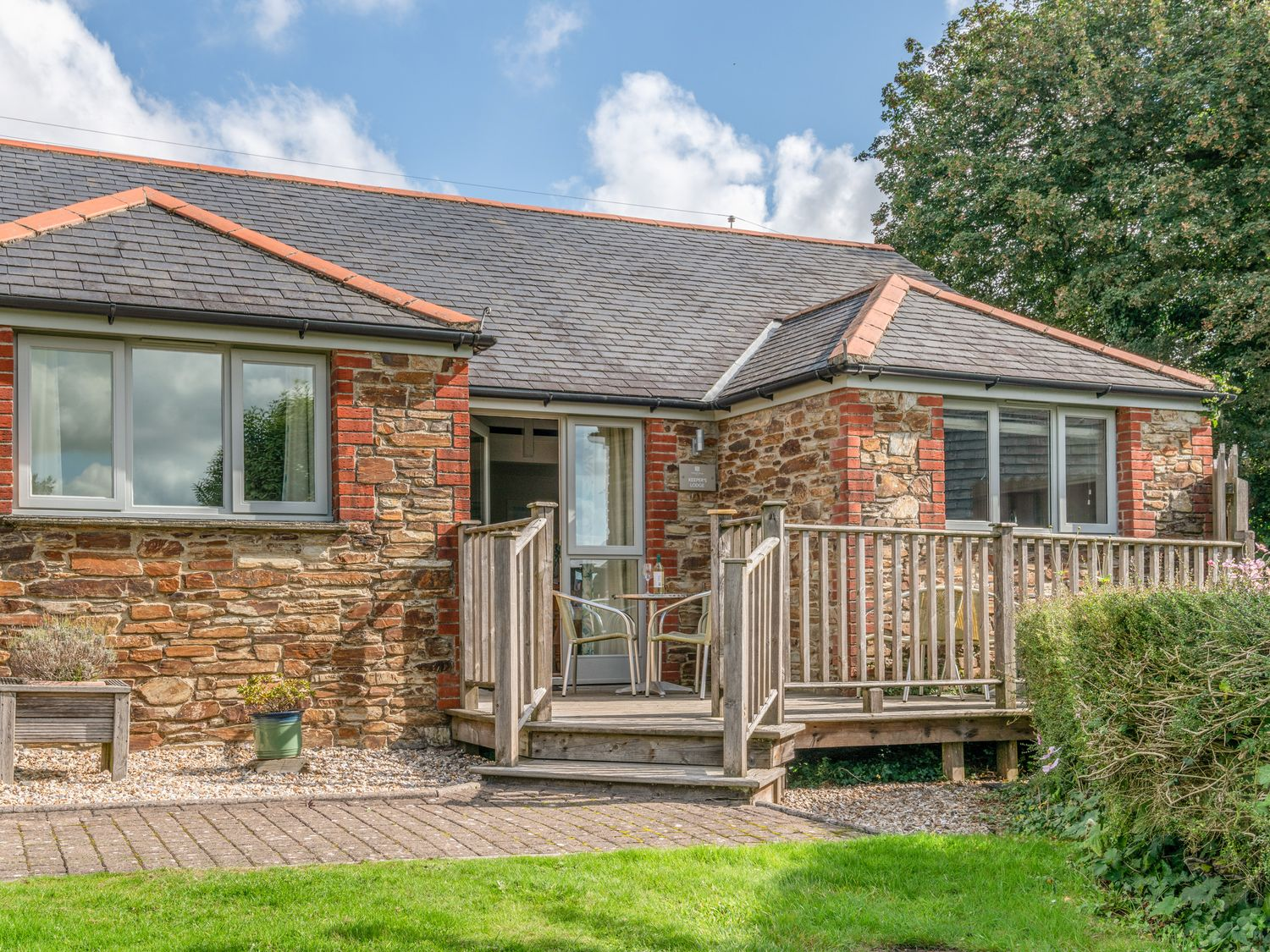 Keepers Lodge, Hillfield Village - Devon - 995541 - photo 1