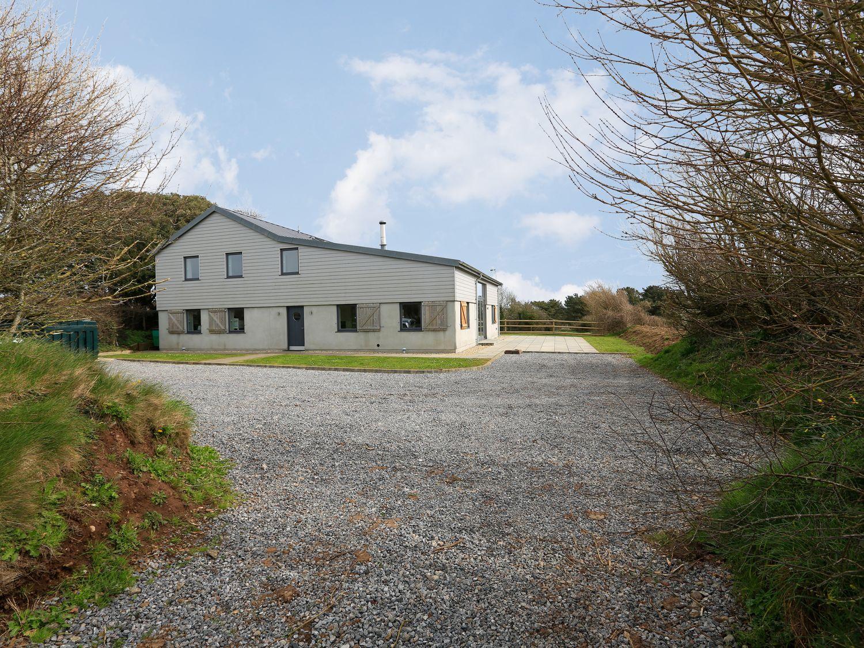 Moult Hill Barn - Devon - 995646 - photo 1