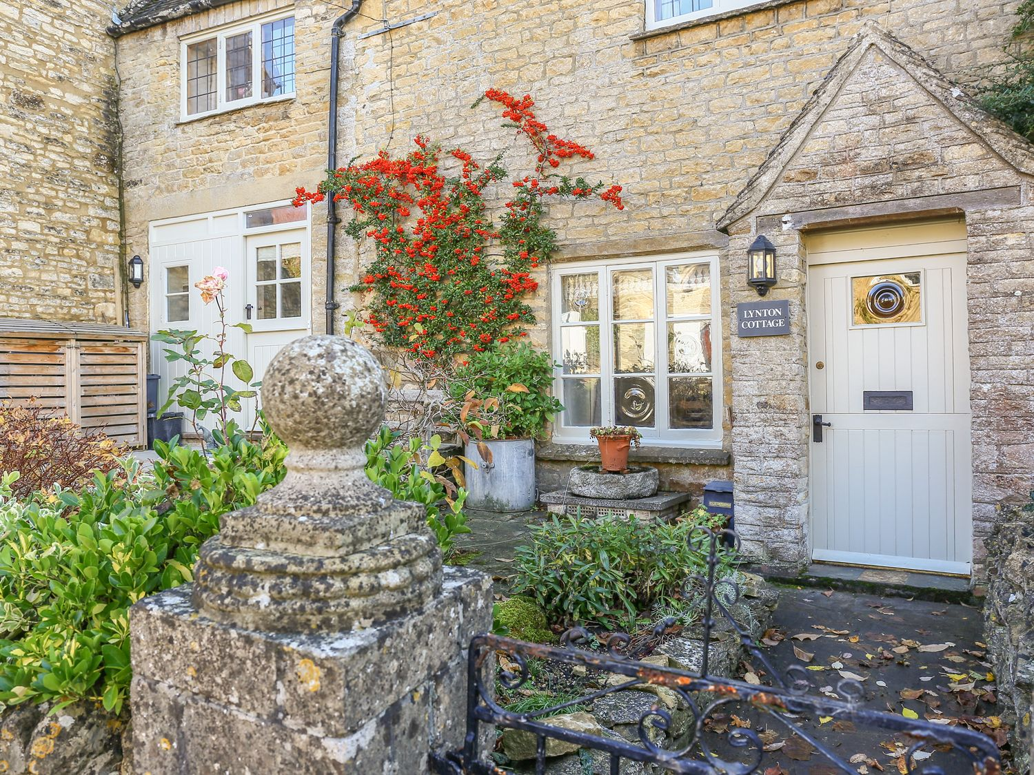 Lynton Cottage - Cotswolds - 995947 - photo 1