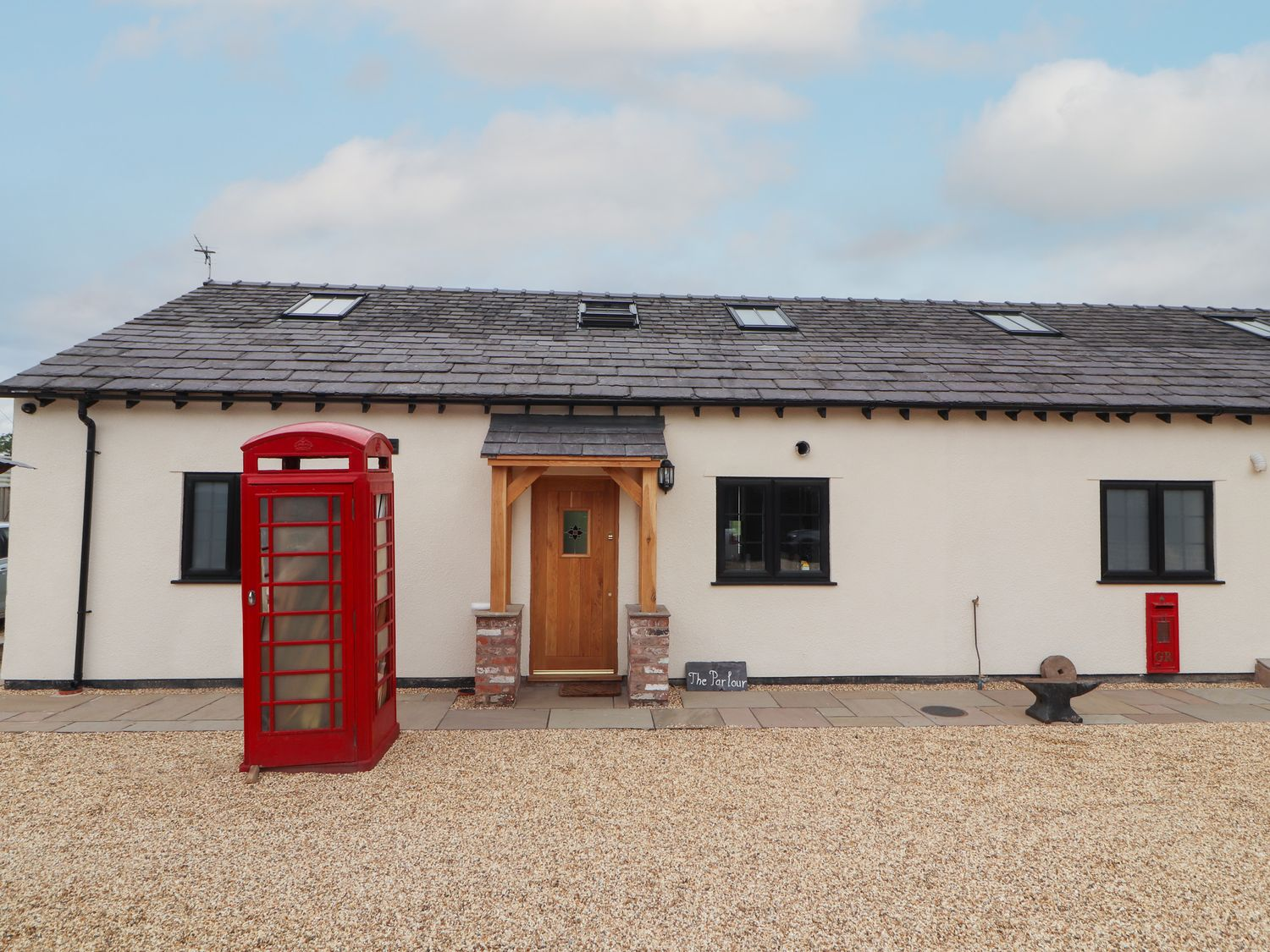 The Parlour - North Wales - 999307 - photo 1