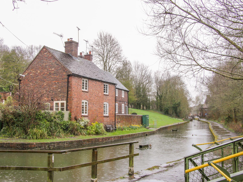 Tub Boat Cottage - Shropshire - 999464 - photo 1