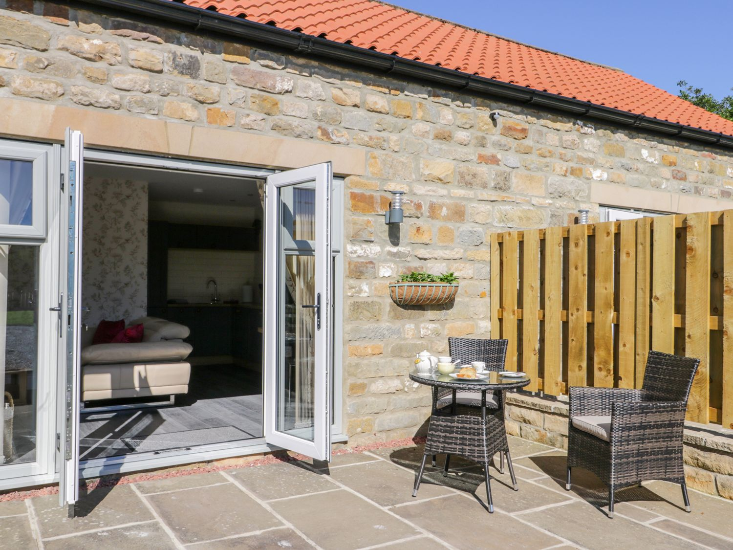 Thistle Cottage - Whitby & North Yorkshire - 999651 - photo 1