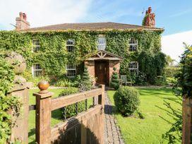 The Farmhouse - Lincolnshire - 1000147 - thumbnail photo 2