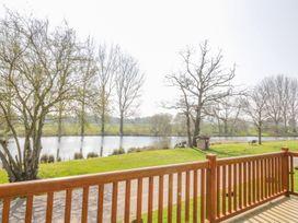 9 Lakeview - Norfolk - 1000330 - thumbnail photo 17