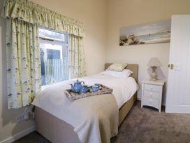 2 Old Coastguard House - Anglesey - 1000342 - thumbnail photo 28