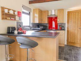 Foxglove Lodge - Whitby & North Yorkshire - 1000354 - thumbnail photo 3