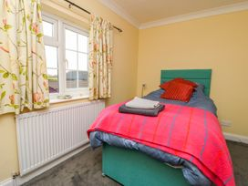 Vicarage Cottage - Whitby & North Yorkshire - 1000416 - thumbnail photo 11