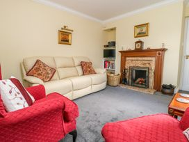 Vicarage Cottage - Whitby & North Yorkshire - 1000416 - thumbnail photo 4