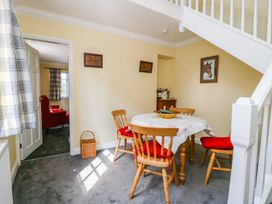 Vicarage Cottage - Whitby & North Yorkshire - 1000416 - thumbnail photo 7
