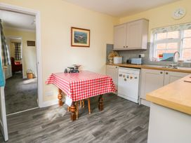 Vicarage Cottage - Whitby & North Yorkshire - 1000416 - thumbnail photo 10
