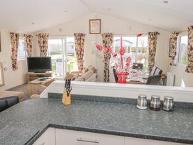 Skipsea Lodge - Whitby & North Yorkshire - 1000545 - thumbnail photo 9